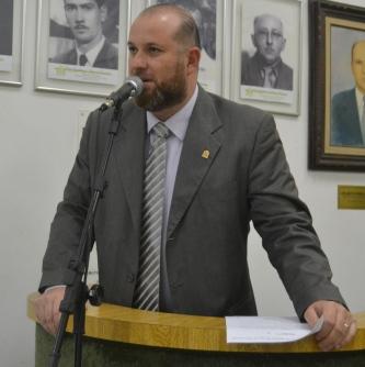 Vereador Claudio Squizato (PSB) volta a pedir a legalização de trabalhadores informais.JPG