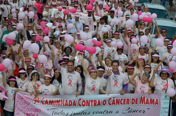 2017-10-28 Caminhada Cancer da Mama 2017Flavio Aquino (1).jpg