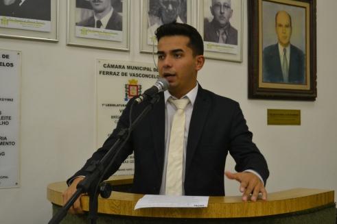Vereador Renatinho Se Ligue (PPS) faz alerta sobre equipamentos antifogo em escolas locais