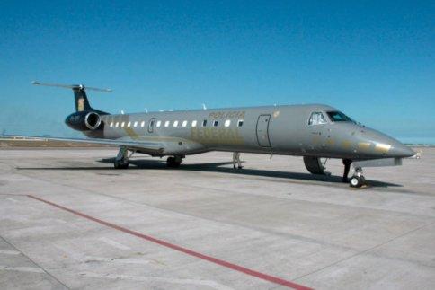 avião pf.jpg