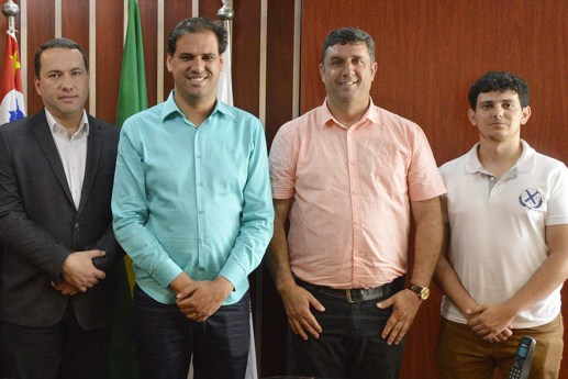 Com participação do governo Gian Lopes e outras entidades, STF concede liminar que impede retirada de R$ 130 milhões de PoÁ (2).jpg